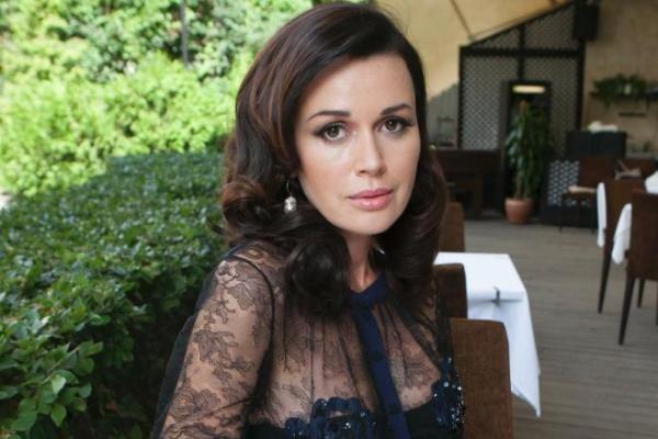 Анастасия Заворотнюк болеет раком или нет: состояние здоровья сейчас, фото, новости сегодня