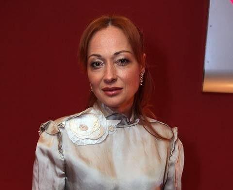 Виктория Тарасова сделала аборт из-за пропавшего супруга