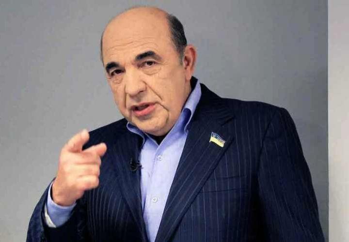 «К нам пришла беда»: депутат Рады рассказал о возвращении во власть «тупых» чиновников