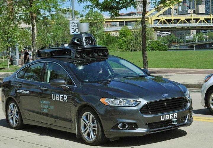 Доклад: сбивший женщину беспилотный автомобиль Uber не распознал в ней пешехода