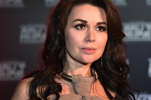 Директор Заворотнюк ответила на сообщения о пустом аккаунте мужа актрисы