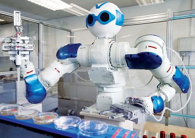 В США робот-лаборант за год умудрился провести 100 тысяч экспериментов