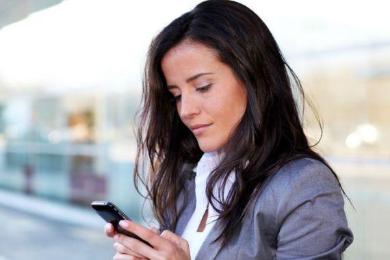 Эксперт раскрыл смертельную опасность мониторов смартфонов