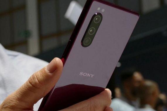 Появились рендеры Sony Xperia 5 Plus