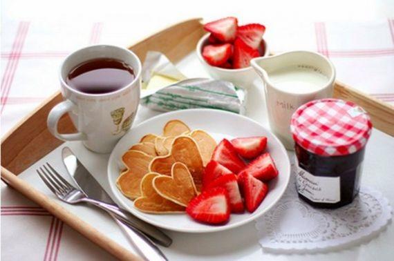 Эксперты назвали 3 популярные, но вредные завтрака