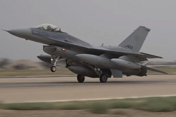 Иракские истребители уничтожили лагерь террористов на севере страны