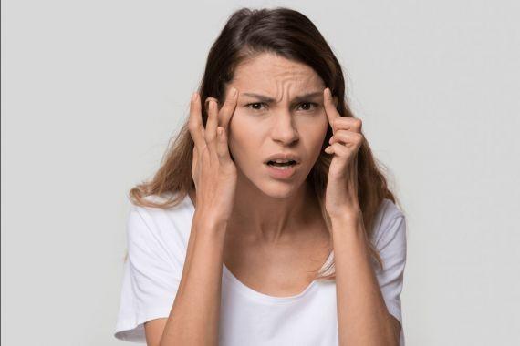 Названы 5 признаков головной боли, которые ни в коем случае нельзя терпеть
