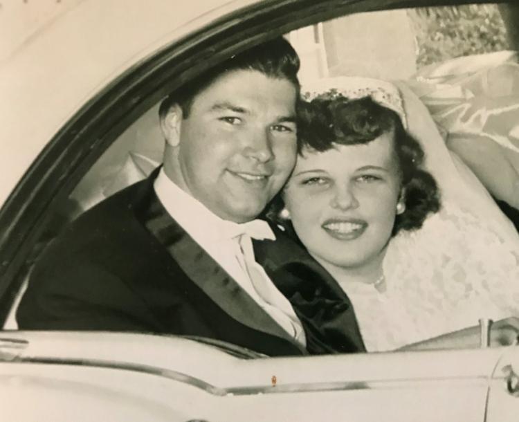 Супруги, прожившие вместе 65 лет, умерли в один день: удивительная история любви