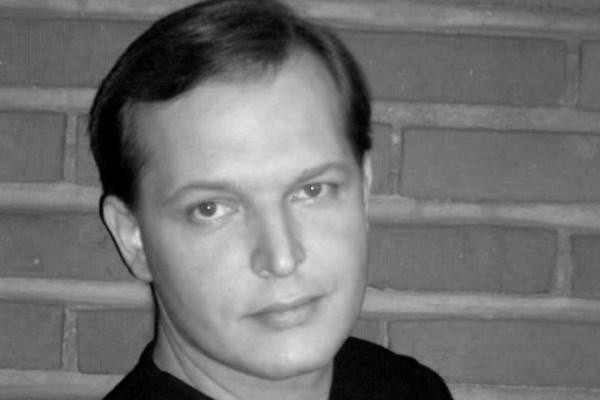 Умер актер Данила Перов