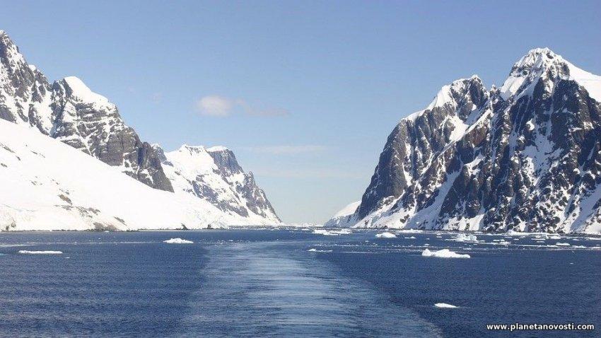 Частицы, нарушающие законы физики: удивительное открытие в Антарктиде