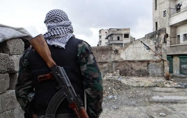 Боевики в Сирии продолжают обстреливать мирные кварталы