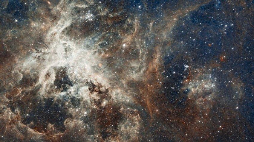 Квазары могут вызывать «цунами», разрывающее на части целые галактики