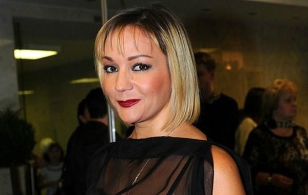 Татьяна Буланова попала в больницу с подозрением на инсульт