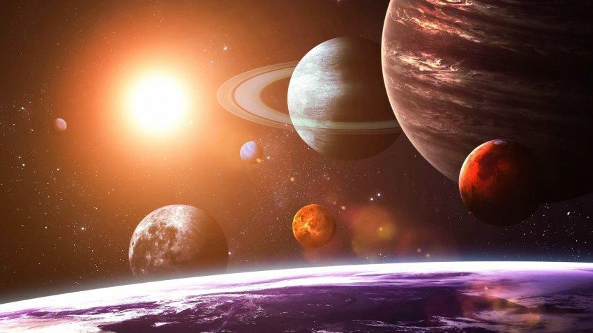 Юпитер, Венера и Сатурн перешли к ретроградному движению