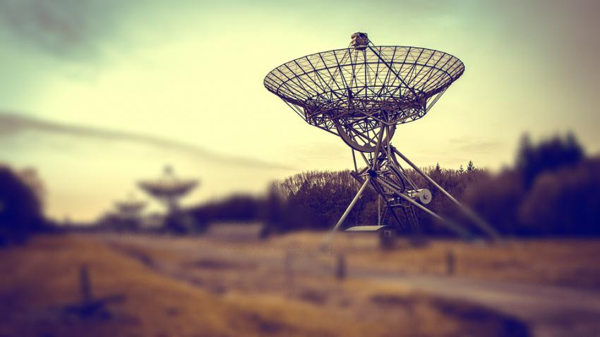 Астрономы получили невероятно мощный радиосигнал от объекта в нашей Галактике