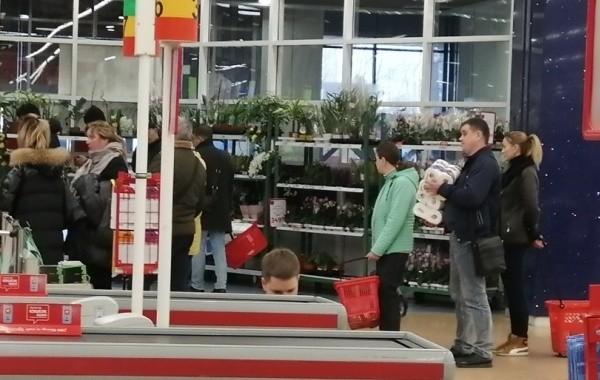 Непродовольственные магазины снова могут работать в Новосибирской области