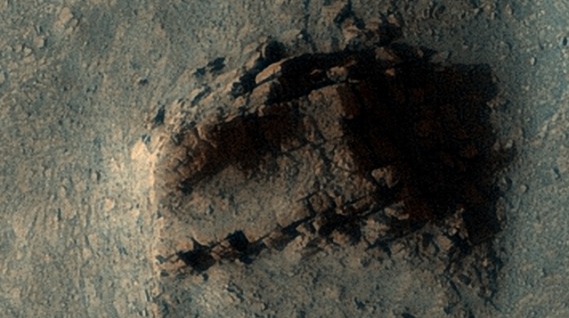 На Марсе обнаружили руины древнего сооружения: фото и видео находки