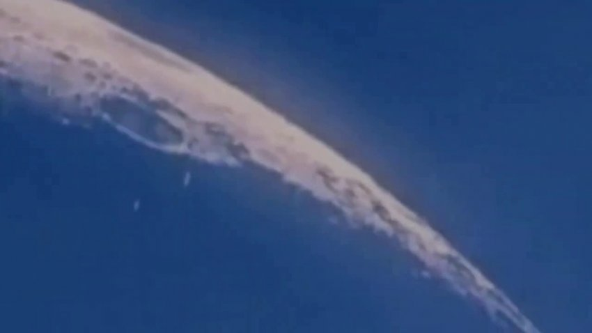 Над поверхностью Луны пролетел очередной флот НЛО
