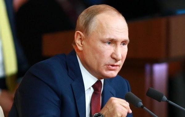 Путин допустил введение новых ограничений из-за коронавируса
