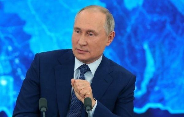 Путин заявил, что Навального поддерживают спецслужбы США