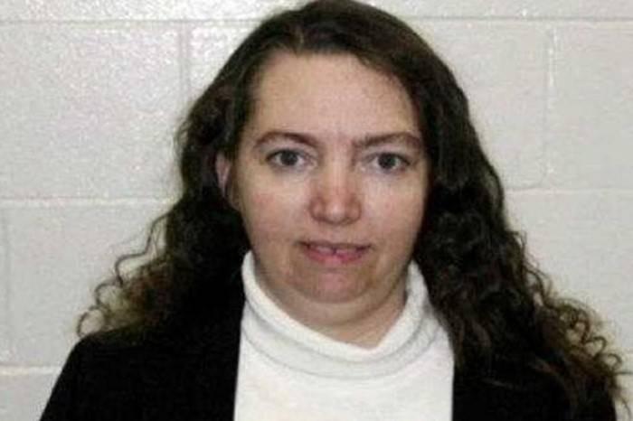 В США казнили Лизу Монтгомери, вырезавшую ребенка у беременной женщины
