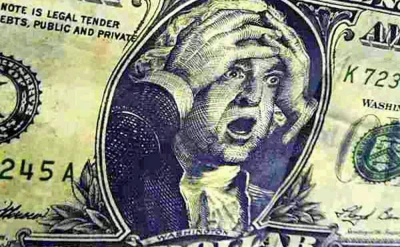 Государственный долг США может полностью уничтожить доллар