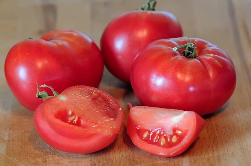 Какие сорта огурцов и помидоров предпочесть в 2021 году