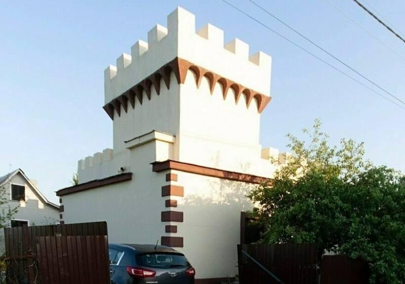 Российские дома странных форм и размеров