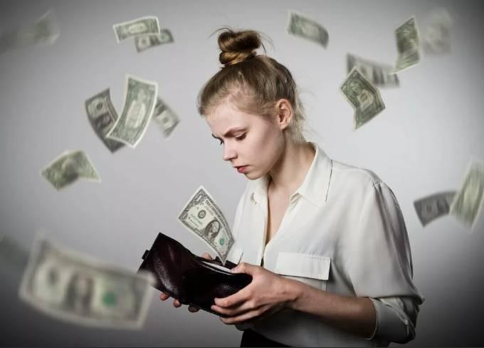 Какие рекомендации могут помочь рассчитаться с долгами и накопить на мечту