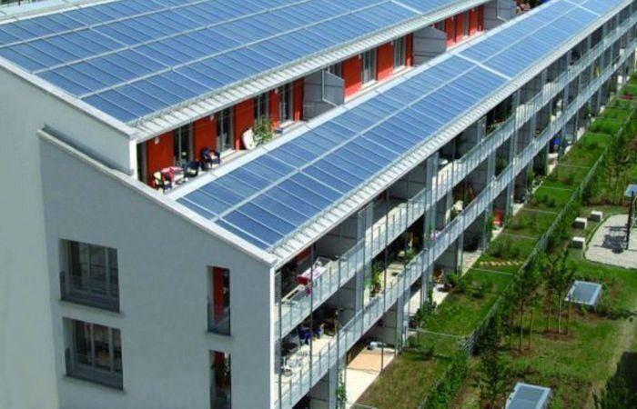 В Финляндии начали строить дома с бесплатной электроэнергией