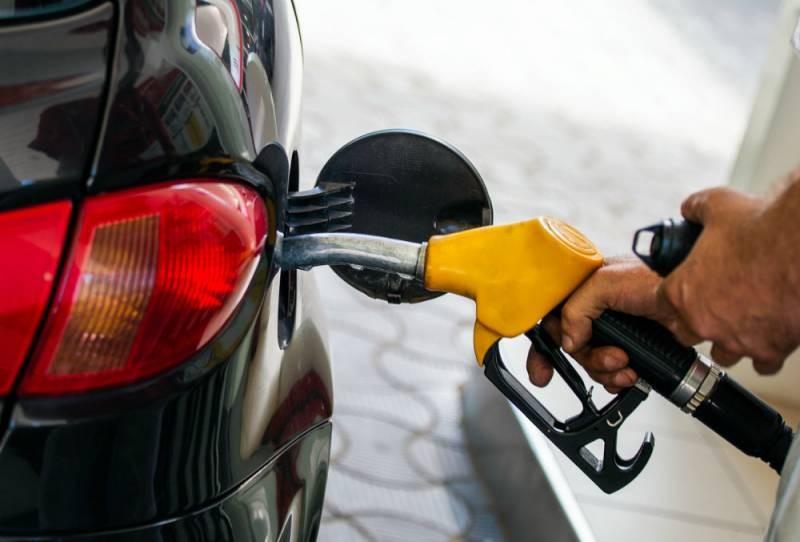 Что будет с бензином в 2021 году на российских заправках