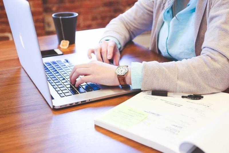 В РФ хотят ввести налог для IT-гигантов на рекламу у блогеров