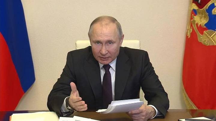 Владимир Путин призвал системно поддерживать инвестиционные бизнес-проекты