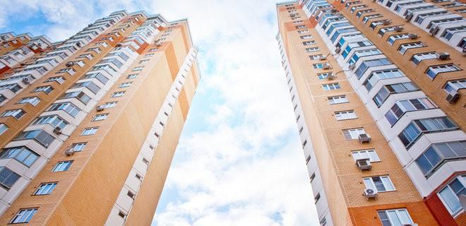 Высотные здания и небольшие управляющие компании не могут существовать вместе?