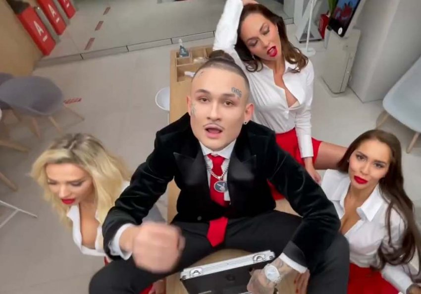 В ФАС завели дело на музыканта Моргенштерна за клип «10 лямов»