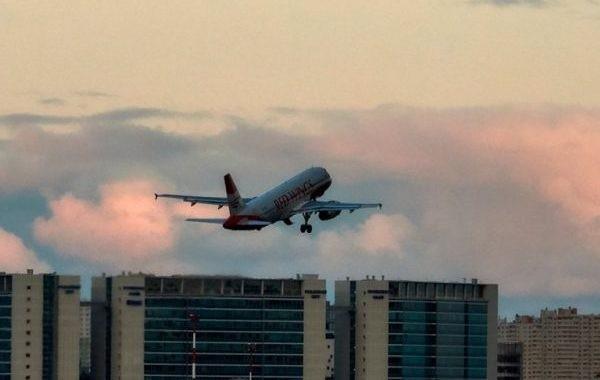 Россия ограничила авиасообщение с Турцией