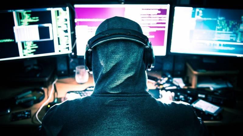 Хакеры украли данные у Apple на 50 миллионов долларов
