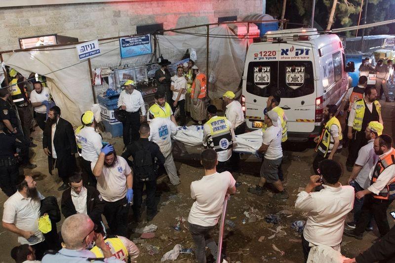 Власти Израиля объявили траур из-за гибели людей на празднике