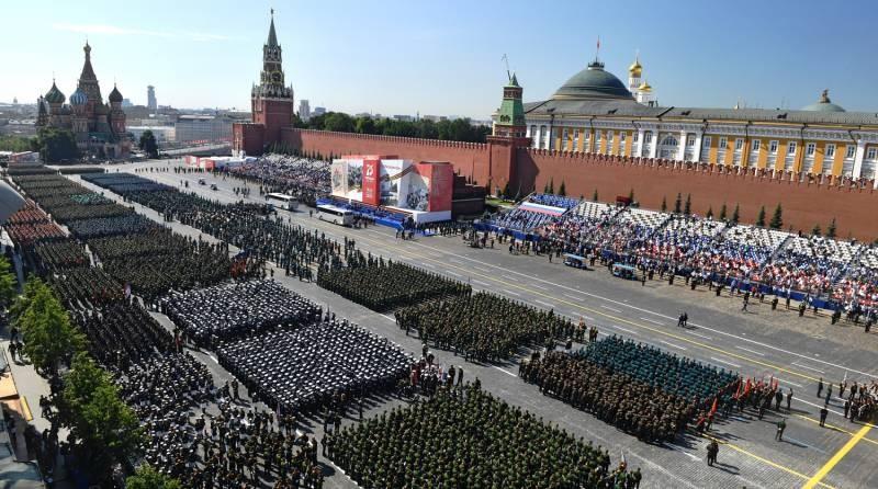 Парад Победы в Москве в 2021 году прошел, несмотря на пандемию