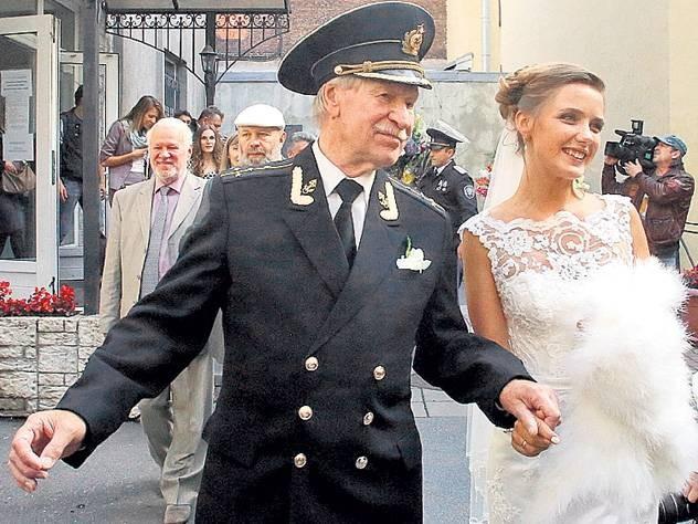 Актёр Иван Краско решил вновь жениться на молодой девушке