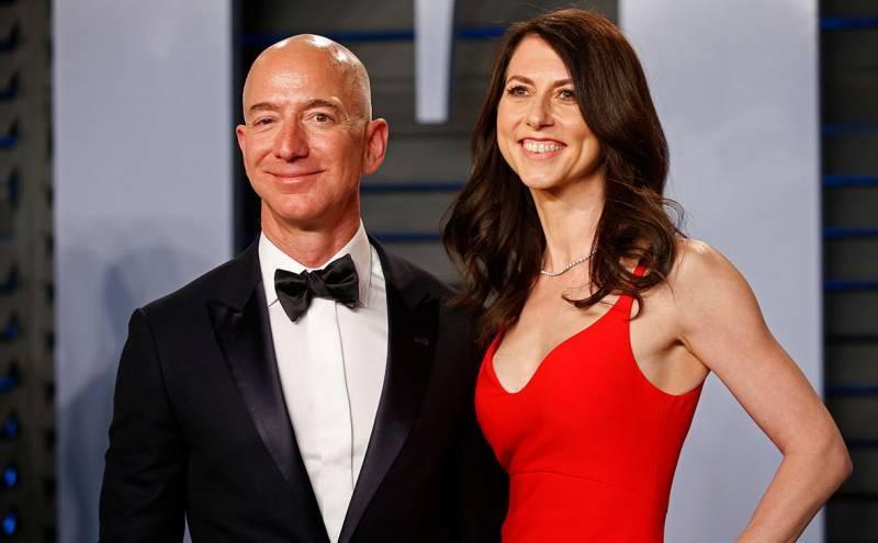 Маккензи Скотт: экс-супруга богатейшего человека в мире вышла замуж за школьного учителя, а деньги отдала на благотворительность