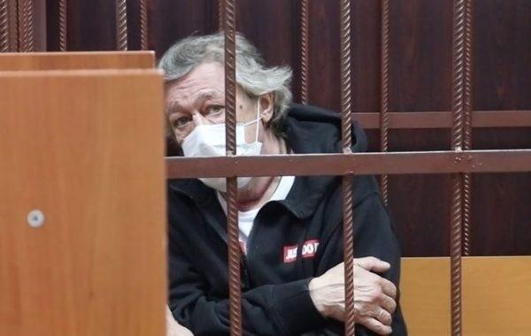 Михаил Ефремов поведал о своем текущем самочувствии