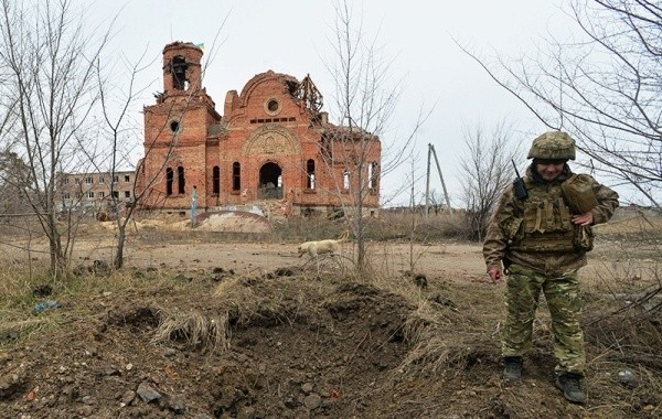 Украина заявила об усилившихся обстрелах в Донбассе