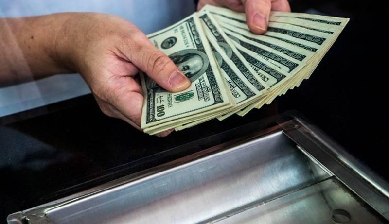 В России насчитывается 300 тысяч граждан, являющихся долларовыми миллионерами