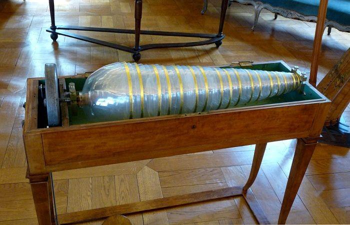 Стеклянная гармоника: дурная слава уникального инструмента