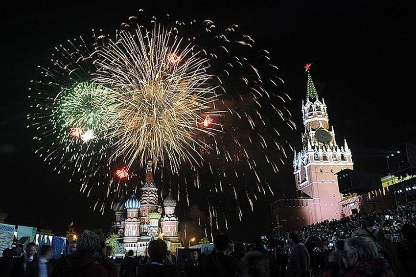 Салют в Москве 9 мая 2021 года произведут по уникальной высотной схеме