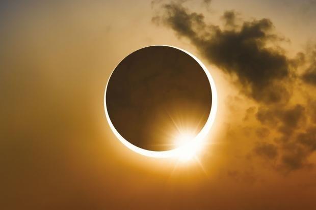Когда ждать полное солнечное затмение в России и будет ли оно в 2021 году