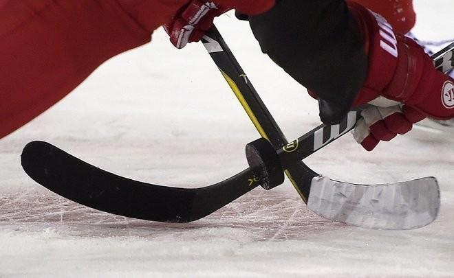 Сборная России по хоккею разгромила Беларусь и вышла в плей-офф ЧМ в Латвии