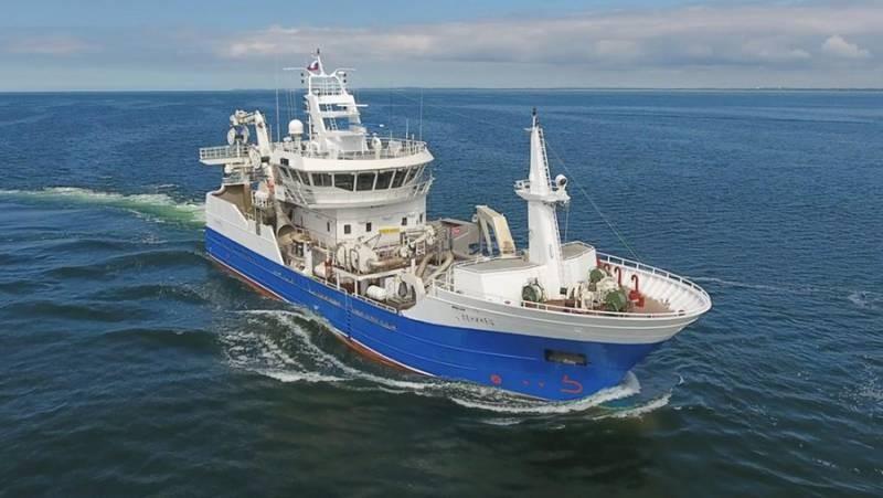 Что известно о российской рыболовной шхуне «Амур»