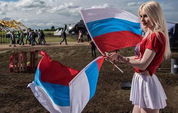 Россиянам разъяснили количество выходных на День России в 2021 году